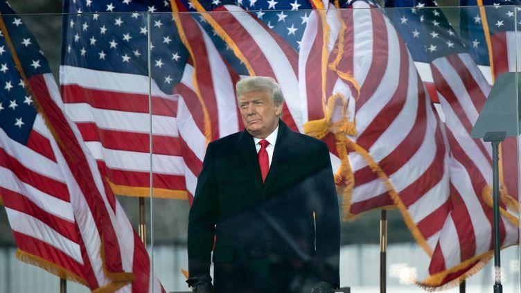 Le président des Etats-Unis, Donald Trump, s'apprête à s'adresser à ses partisans à Washington, le 6 janvier 2021. (BRENDAN SMIALOWSKI / AFP)