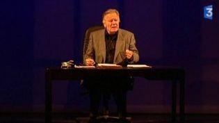 Théâtre : Jean Piat s'interroge sur l'âge du Capitaine  (Culturebox)