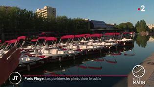 Les bateaux qui seront utilisables pour Paris Plages. (France 2)