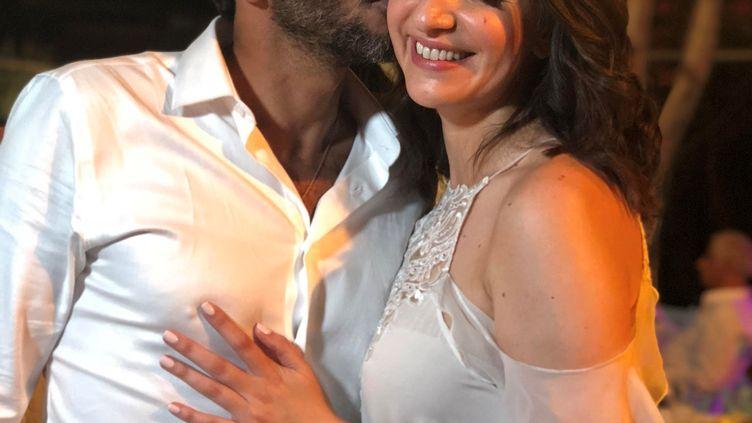 Tsahi Halevi et Lucy Aharish lors de leur cérémonie de mariage, le 11 octobre 2018à Hadera (Israël). (STRINGER . / X80002)