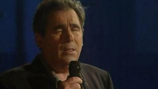 Le chanteur Claude Nougaro disparaissait le 4 mars 2004, mais il est toujours bien vivant dans la mémoire des Toulousains, qui lui rendent hommage toute la semaine. (France 3)