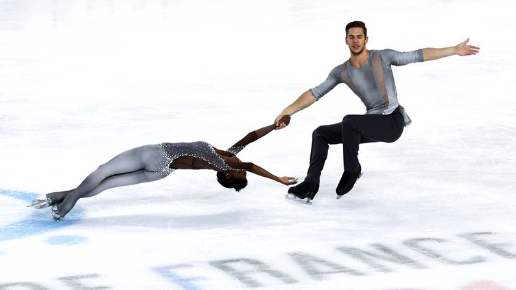 Les patineurs français Vanessa James et Morgan Ciprès.