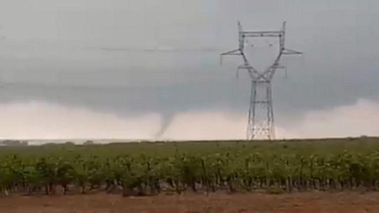 Une tornade a frappé l'Hérault dimanche 20 octobre. (CAPTURE ECRAN TWITTER)
