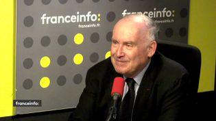 L'ex-ministre des Transports, Dominique Bussereau, le 9 avril 2018. (RADIO FRANCE / FRANCEINFO)