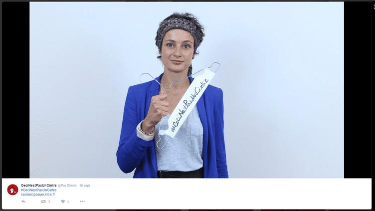 """Le mecredi 21 septembre, la campagne """"ceci n'est pas un cintre"""" a été lancée par le Planning familial (CAPTURE ECRAN TWITTER)"""