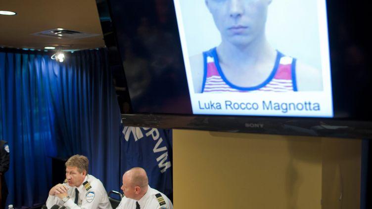 La police de Montréal donne une conférence de presse le 5 juin 2012 après l'arrestation de l'acteur porno Luka Rocco Magnotta. (ANDRE PICHETTE / EPA)