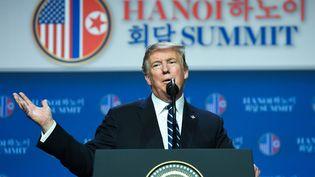 Le président américain Donald Trump donne une conférence de presse après le sommet de Hanoï (Vietnam), le 28 février 2019. (SAUL LOEB / AFP)