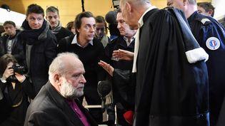 Bernard Preynat, lors de son procès devant le tribunal de Lyon, le 13 janvier 2020. (PHILIPPE DESMAZES / AFP)