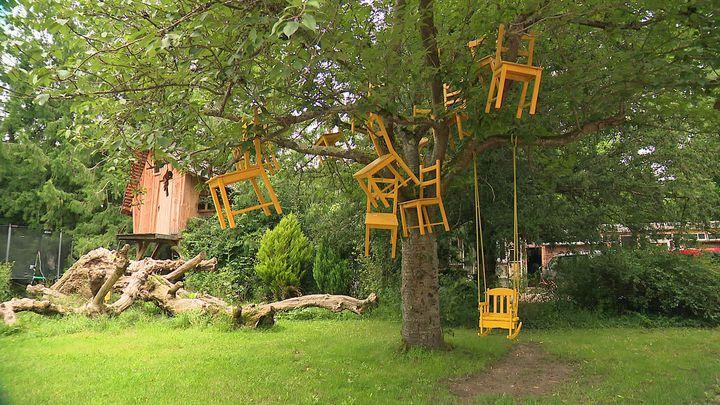 Le parc du Moulin Jaune de Slava Polunin à Crécy-la-Chapelle (Seine-et-Marne) (France 3 Paris Ile de France)