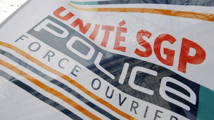 Illustration du syndicat policierUnité-SGP-FO. (HORACIO VILLALOBOS / EPA)