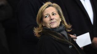 La journaliste Claire Chazal, le 17 février 2015, lors d'un match de Ligue des champions du PSG au Parc des princes, à Paris. (FRANCK FIFE / AFP)