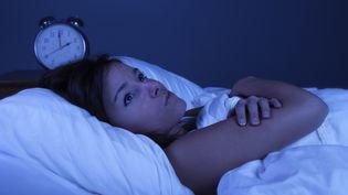 Stress, anxiété, excitation, un Français sur trois souffrent régulièrement de nuit agitée. (GETTY IMAGES)