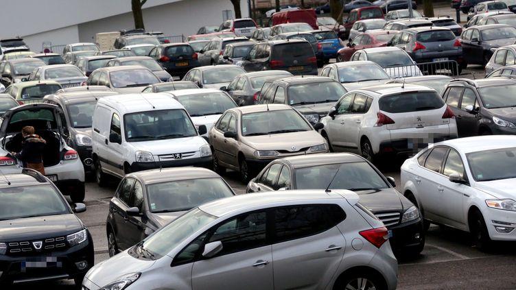Un parking à Thionville, en février 2017. (MAXPPP)