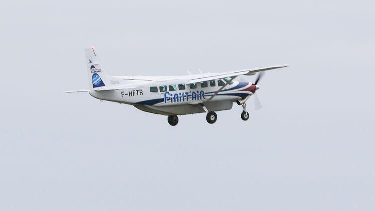 Un avion de la compagnie aérienne Finist'Air assurant la liaison entre Brest et Ouessant, le 5 février 2020. (LIONEL LE SAUX / MAXPPP)