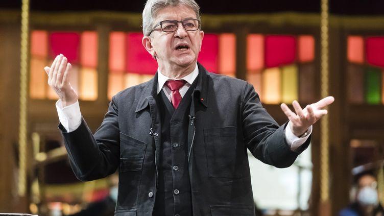 Jean-Luc Mélenchon lors d'un grand débat organisé par la France insoumise, à Paris, le 10 octobre 2020. (VINCENT ISORE / MAXPPP)