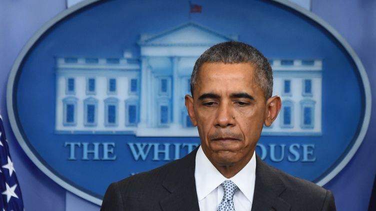 Le président américain Barack Obama, en conférence de presse à la Maison Blanche, à Washington (Etats-Unis), vendredi 13 novembre 2015. (JIM WATSON / AFP)