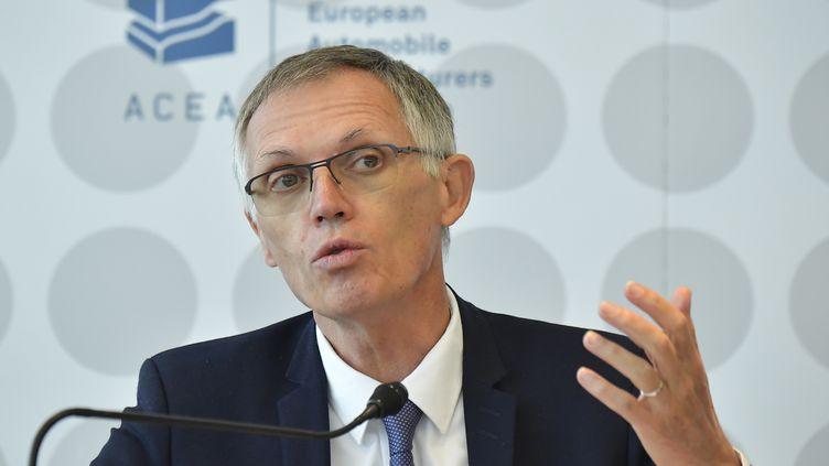 Carlos Tavares, directeur général de PSA, lors d'une conférence de presse à Francfort, en Allemagne, le 11 septembre 2019. (TOBIAS SCHWARZ / AFP)