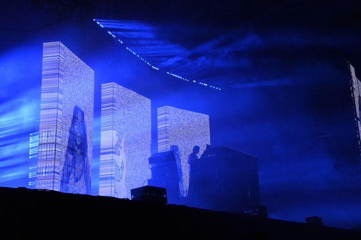 Le projections en mapping au concert d'Aphex Twin dimanche 25 août 2019 à Rock en Seine. (NATHALIE GUYON / FRANCE TELEVISIONS)