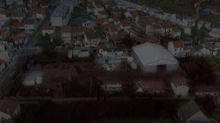 Vue de Romainville, en Seine-Saint-Denis, où les habitants se battent pour obtenir la dépollution d'un ancien site industriel qui utilisait de solvants cancérogènes. (CAPTURE ECRAN FRANCE 3)