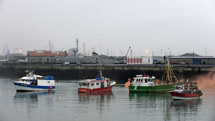 Le port de Dunkerque (Nord), où un marin pêcheur, soupçonné de faire partie d'un réseau de passeurs de migrants, a été arrêté lundi 2 novembre 2015. (MAXPPP)