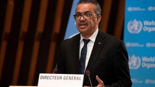 Le patron de l'OMS Tedros Adhanom Ghebreyesuss'exprime depuis Genève (Suisse), le 18 janvier 2021. (CHRISTOPHER BLACK / WORLD HEALTH ORGANIZATION / AFP)