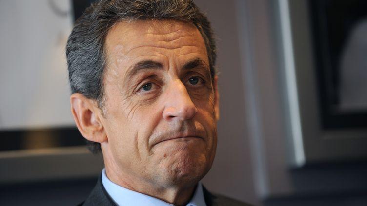 Le président des Républicains, Nicolas Sarkozy, dans un restaurant de Saint-Maur (Indre), le 24 mars 2016. (GUILLAUME SOUVANT / AFP)