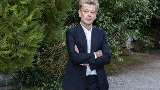 Benjamin Biolay lors du Festival du film francophone, à Angoulême (Charente) le 1er septembre 2020 (YOHAN BONNET / AFP)