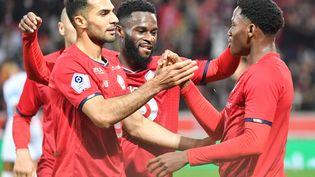 Jonathan David et ses coéquipiers tenteront d'enchaîner après leur victoire face à l'OM, le 3 octobre 2021 au Vélodrome à Marseille. (DENIS CHARLET / AFP)