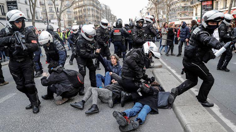 La BAC encadre une manifestation contre la réforme des retraites, le 29 janvier 2020 à paris (photo d'illustration). (THOMAS SAMSON / AFP)