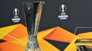 Le trophée de la Ligue Europa. (HAROLD CUNNINGHAM / UEFA / AFP)