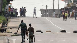 Des militaires à Abidjan (Côte d'Ivoire), le 7 janvier 2017. (ISSOUF SANOGO / AFP)