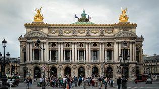 La façade de l'Opéra Garnier, à Paris (9e) (DAVID HIMBERT / HANS LUCAS)