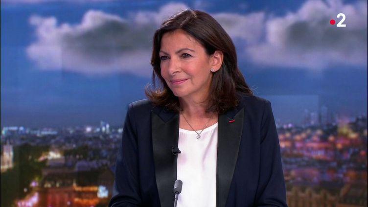 Anne Hidalgo est l'invitée dujournal de 20 heures de France 2, le 22 septembre 2018. (FRANCE 2)