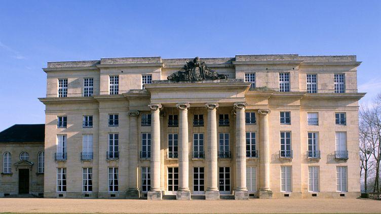 Le château de Bénouville (Calvados), où a lieu un déjeuner entre chefs d'Etat et pour les cérémonies de commémoration du Débarquement, le 6 juin 2014. (HUGHES HERVÉ / HEMIS.FR)