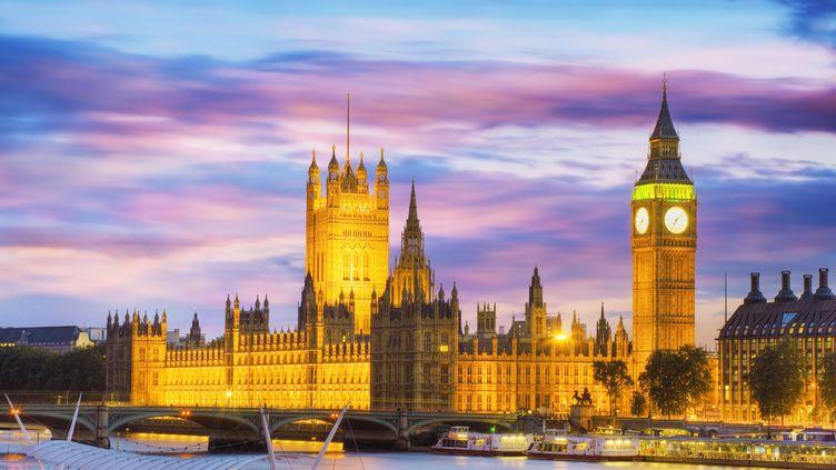 Big Ben et le Parlement britannique au crépuscule à Londres (G-B). (CONCEPTUAL IMAGES/SCIENCE PHOTO  / PHR / AFP)