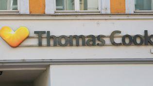 Le logo du voyagiste Thomas Cook, le 29 mai 2018, à Munich en Allemagne. (ALEXANDER POHL / NURPHOTO / AFP)