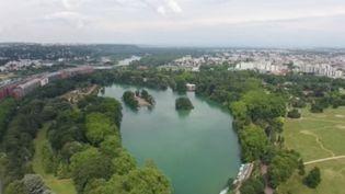 Créé au XIXe siècle, le parc de la Tête d'or est en plein centre de la ville et a accueilli plusieurs générations de Lyonnais.  (CAPTURE ECRAN FRANCE 2)