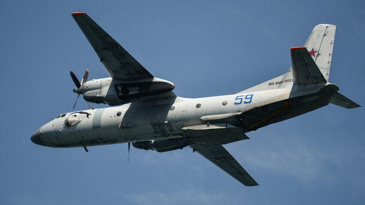 Un avionAntonovAN-26. (KONSTANTIN MIHALCHEVSKIY / SPUTNIK / AFP)