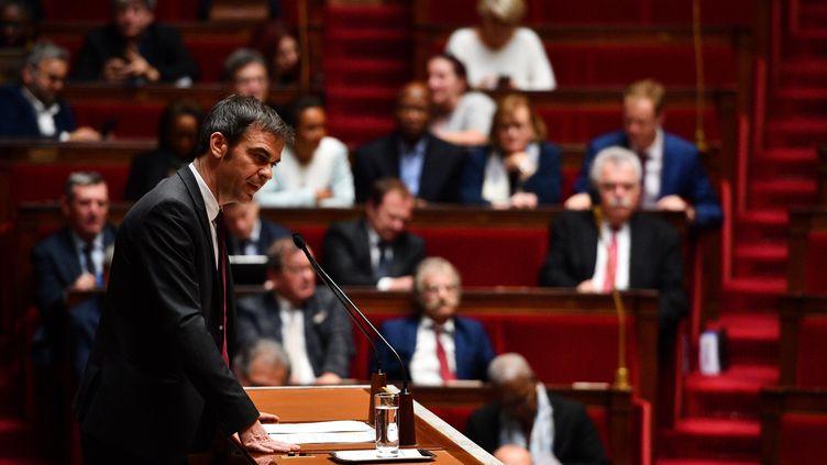 Le ministre de la Santé Olivier Véran lors du débat sur la réforme des retraites, le 17 février 2020. (CHRISTOPHE ARCHAMBAULT / AFP)