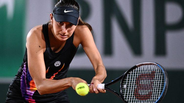 La Française Océane Dodin au premier tour de Roland-Garros, dimanche 30 mai. (ANNE-CHRISTINE POUJOULAT / AFP)