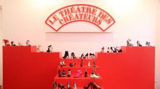 """Le théâtre des créateurs, mise en scène lors de l'exposition """"La chaussure, une passion française: création et innovation depuis 150 ans"""" qui s'est tenue à Paris enoctobre 2012  (DR)"""