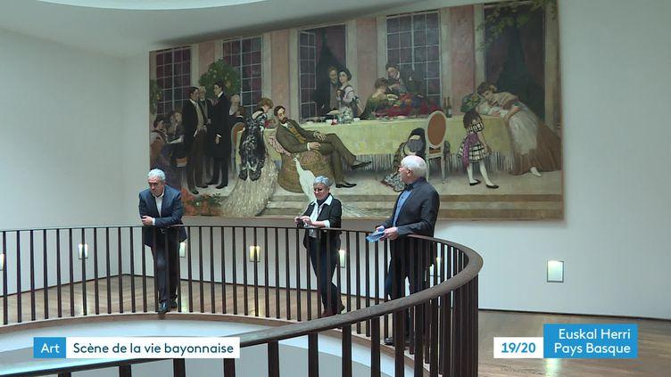 """""""Le Paon Blanc"""" d'Henry Caro-Delvaille accroché au musée Basque et d'histoire de Bayonne (France 3 Pays Basque)"""