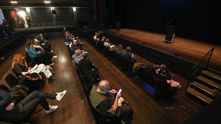 Spectacle test au Théâtre royal flamand de Bruxelles (KVS), le 26 avril 2021 (LAURIE DIEFFEMBACQ / BELGA MAG VIA AFP)