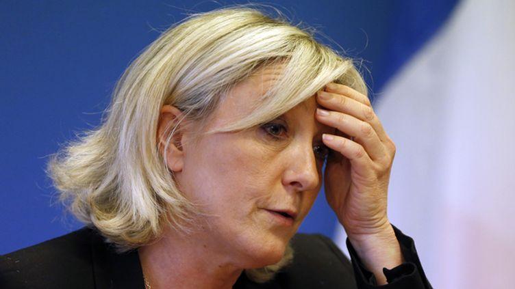 """(Marine Le Pen critique la """"faute politique"""" de son père © REUTERS/Charles Platiau)"""