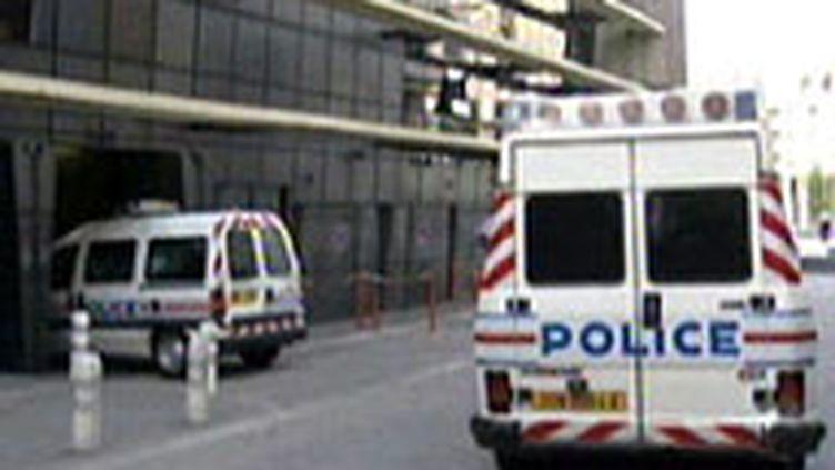 Un car de police (France 2)