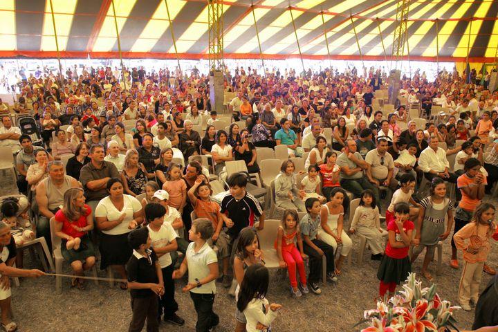 C'est la deuxième fois que ce rassemblement est organisé à Couvron. Ici, le 30 août 2009, lors de la première édition. (FRANCOIS NASCIMBENI / AFP)