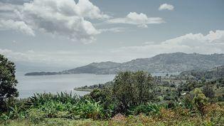 Deuxième plus grande île lacustre d'Afrique (310 km², environ 200 000 habitants), Idjwi se trouve au carrefour des parcs nationaux de Kahuzi-Biega et des Virunga, du volcan Nyaragongo au-dessus de Goma, et du site touristique de Kibuye au Rwanda. (LUKE DENNISON/AFP)