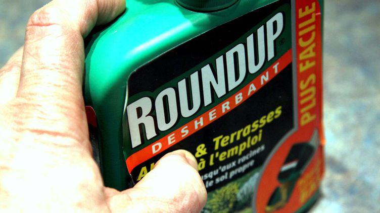 (Le glyphosate est présent notamment dans le Roundup de Monsanto et est largement utilisé dans l'agriculture et le jardinage © MaxPPP)
