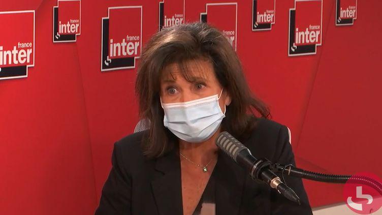 Anne Sinclair sur France Inter le 31 mai 2021. (FRANCEINTER / RADIO FRANCE)