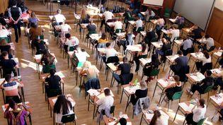 Des lycéens passent une épreuve du baccalauréat, à Thionville (Moselle), le 17 juin 2019. (MAXPPP)